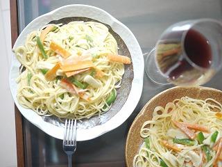 イカと野菜のクリームパスタ