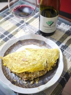 白ワインと赤ワインを使ったオムライス