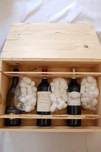 木箱に入れたソムリエおすすめワインセット